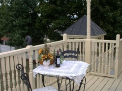 Willow-balcony2.jpg